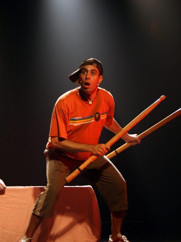ברק כהן בהצגה- בעשר אצבעות
